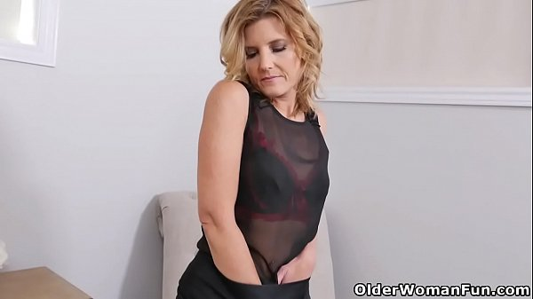 American, Ass fingering, Fingered, Ass fucking, Milf fucked, Americans