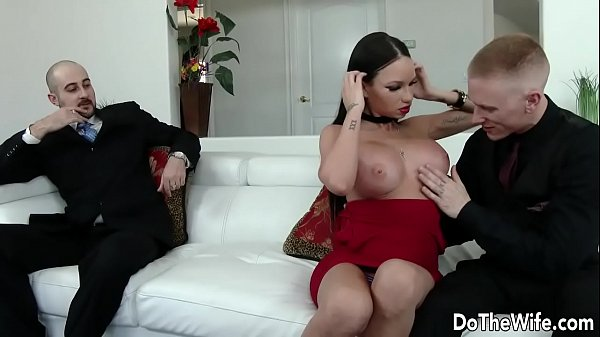 Husband wife, In front of husband, Beauty wife, Wife beauty, Raven bay, Front husband