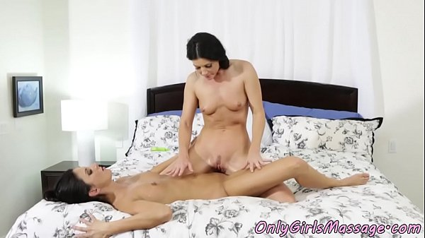 Couple, Milf massage, Massage milf, Couple massage, Pussylicking, Massage couple