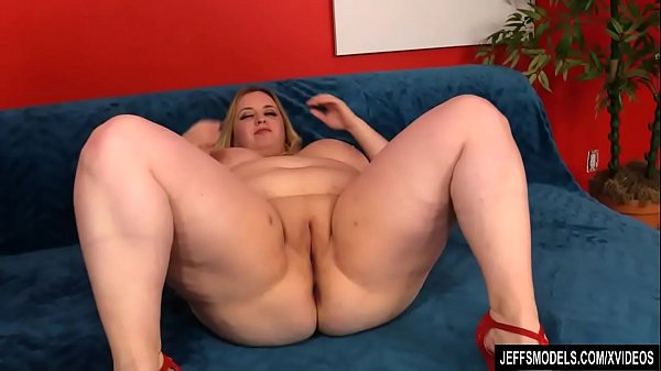 Plumper, Plumpers, Rubbing pussy