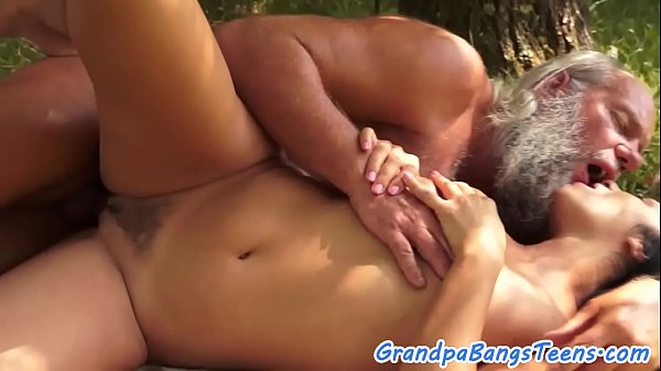 Oldman, Teen beautiful