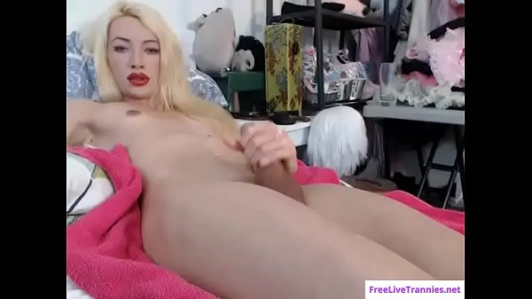 Sasha, Eat cum, Shemale and shemale, Shemale masturbation, Sexy shemale