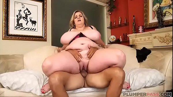Help mom, Busty mom, Fucking mom, Mom help, Helping, Fuck moms