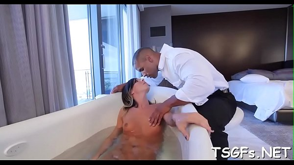 Orgasmic, Shemale orgasm