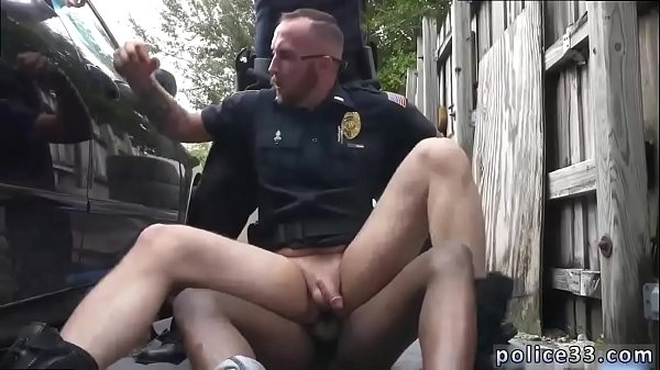Police gay, Gay caught