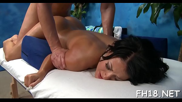 Hot sexy, Hot sexi, Beautiful hot, From behind, Beautiful massage, Old beauty