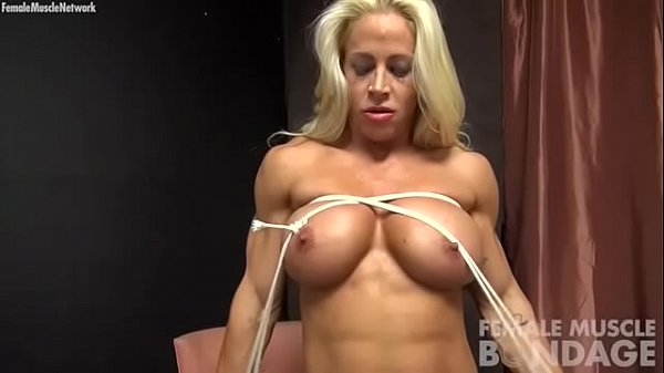 Tit, Bodybuilding, Bodybuilder, Rope, Tits play, Play tit
