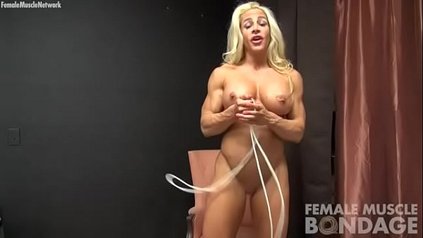 Tit, Rope, Bodybuilding, Bodybuilder, Tits play, Play tit