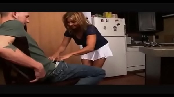 Mom sexy, Sexy mom, Mom sexi, Mom blowjob, Blowjob mom, Moms blowjob
