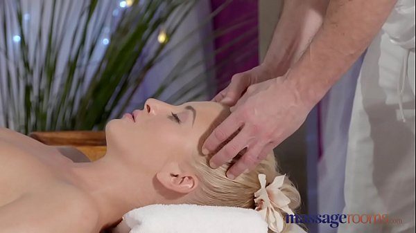 Massage room, Innocent, Teen massage, Pussy massage, Teen blonde, Juice