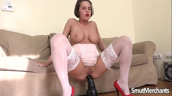 Ana bell, Interracial anal