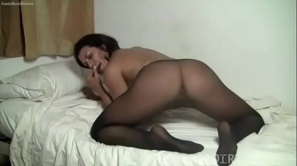 Pantyhose masturbation, Pantyhosed